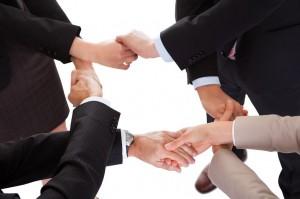 businesshands linking